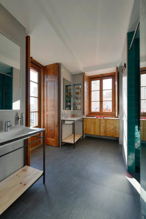 Ванные комнаты в . Автор – Ricardo Moreno Arquitectos