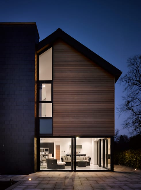 Nicol Lodge:  Houses by ID Architecture