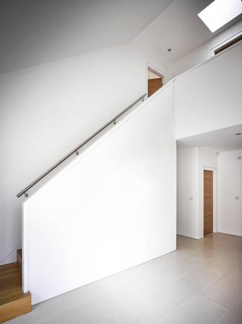 Projekty,  Korytarz, przedpokój zaprojektowane przez ID Architecture