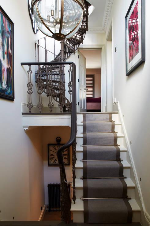 Fulham:  Corridor & hallway by Rebecca James Studio