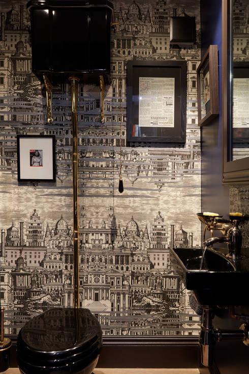 Ванные комнаты в . Автор – Rebecca James Studio
