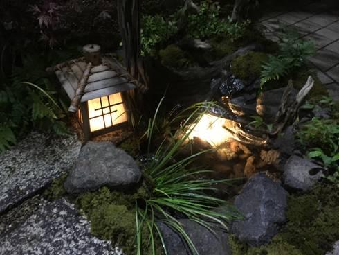 夜のライトアップ: 株式会社 髙橋造園土木  Takahashi Landscape Construction.Co.,Ltdが手掛けたです。