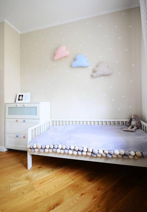Mieszkanie? Naturalnie! - pokój dziecięcy: styl , w kategorii Pokój dziecięcy zaprojektowany przez IDeALS | interior design and living store