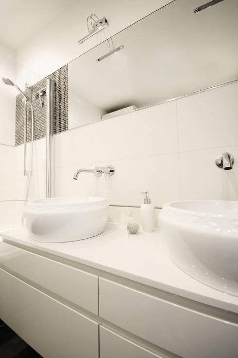 moderne Badezimmer von IDeALS | interior design and living store