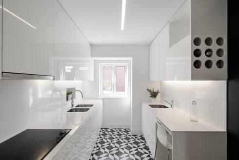 Apartamento São Caetano: Cozinhas minimalistas por Vanessa Santos Silva   Arquiteta