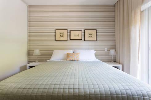 Casa Residencial SP: Quartos  por Danielle Tassi Arquitetura e Interiores