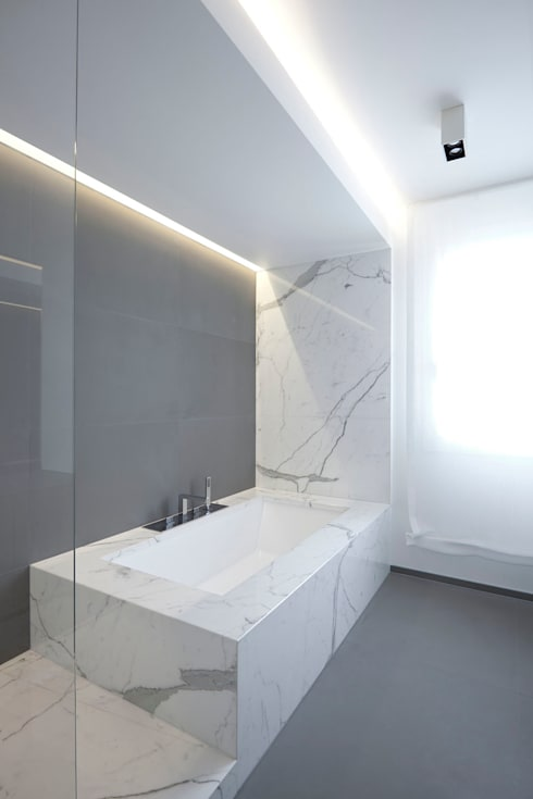 Bathroom by EXiT architetti associati