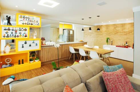 Sala Integrada: Salas de jantar modernas por Serra Vaz Arquitetura e Design de Interiores