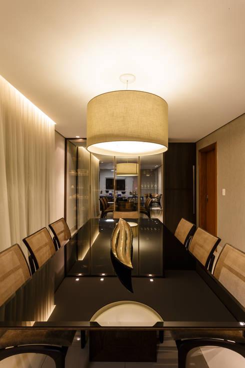 غرفة السفرة تنفيذ Interiores Iara Santos