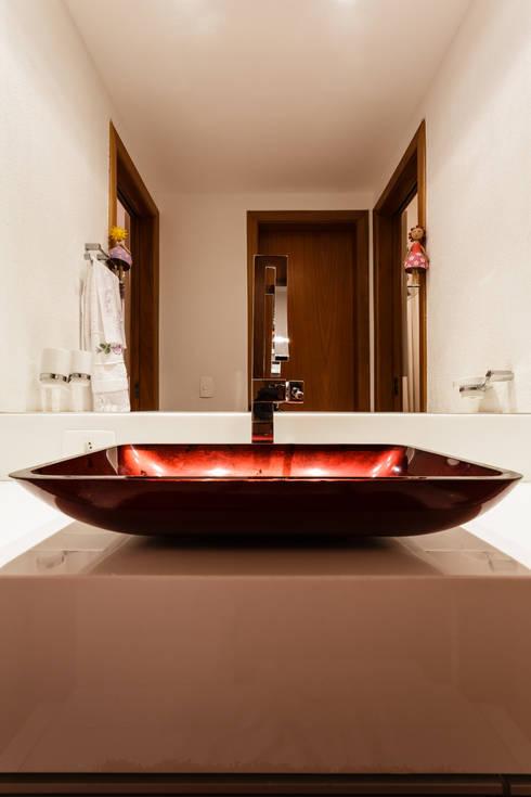 حمام تنفيذ Interiores Iara Santos