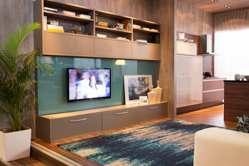 Show room – móveis planejados: Espaços comerciais  por Pulse Arquitetura