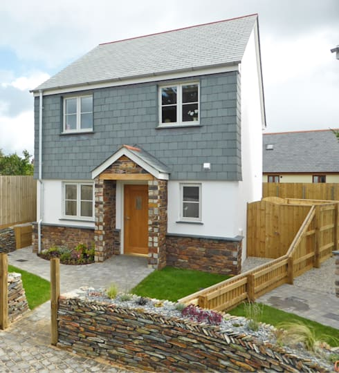 Church Mews, Hartland, Devon: modern Houses by The Bazeley Partnership