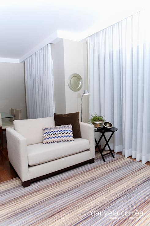 Salas de estar modernas por Danyela Corrêa