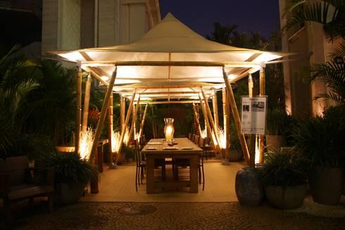 Eco Tenda: Jardins rústicos por BAMBU CARBONO ZERO