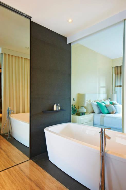Geometric Harmony: Casas de banho ecléticas por Viterbo Interior design