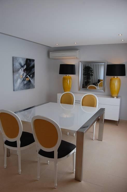 Apartamento Lisboa: Salas de jantar ecléticas por Critério Arquitectos by Canteiro de Sousa