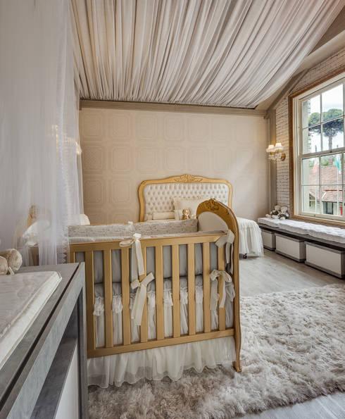 Casa Cor Paraná 2015: Quarto infantil  por Fau Home & Living