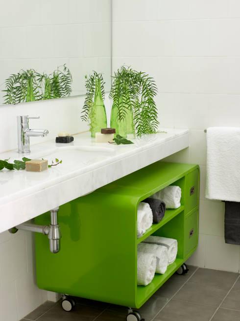 Banheiros  por Ramon Soler