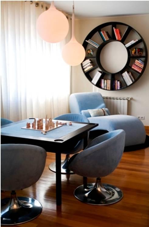 Zona de Jogo : Salas de jantar modernas por Andreia Marques Designer de Interiores