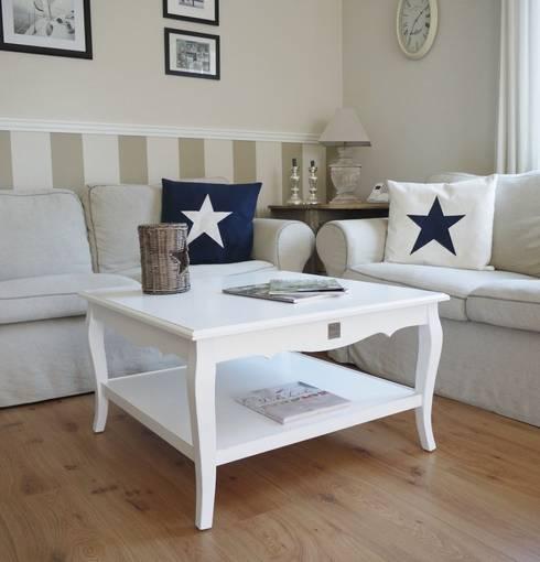 Couchtische und beistelltische by homestyle garden homify for Couch und beistelltische