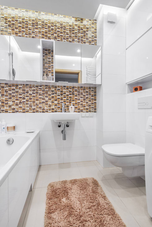 modern Bathroom by Lidia Sarad