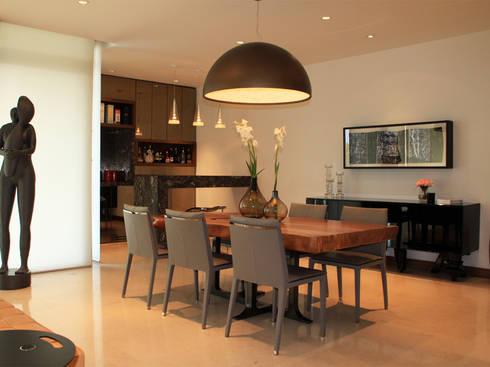 Departamento: Comedores de estilo moderno por AaC+V Arquitectos