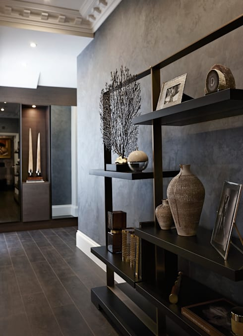 Pasillos y vestíbulos de estilo  por Boscolo