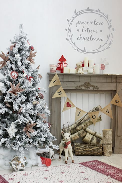 Peace at Christmas wreath decoration wall sticker:  Walls & flooring by Vinyl Impression
