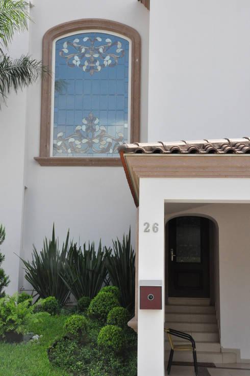Detalle: Casas de estilo colonial por fc3arquitectura
