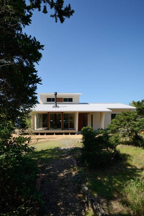 Casas de estilo  por 株式会社kotori