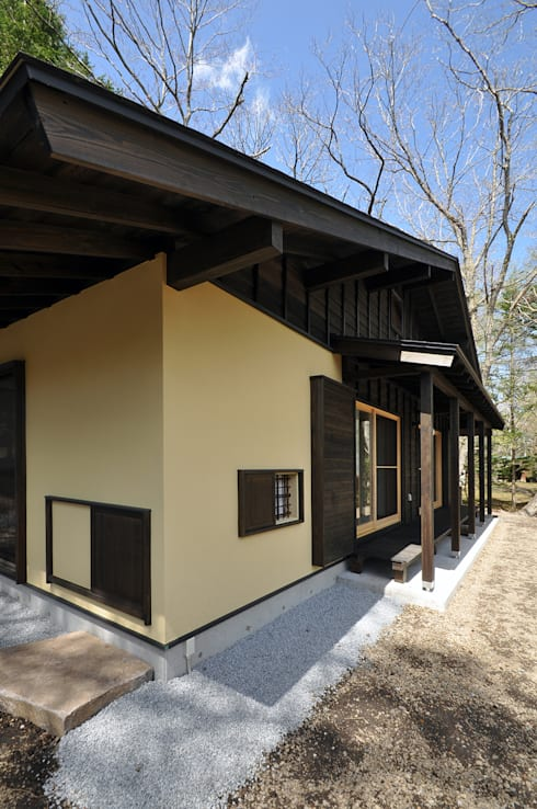 Casas de estilo  por モリモトアトリエ / morimoto atelier