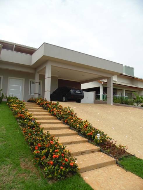 Residência LB: Casas ecléticas por Fernanda Oliveira - Arquitetura e Design