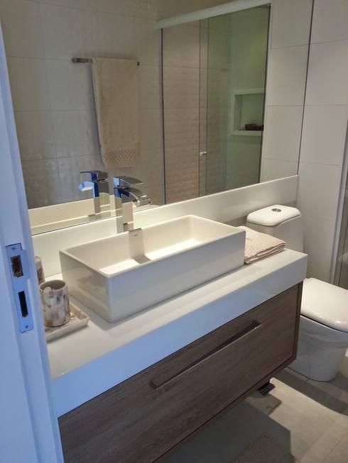 Casas de banho  por Lucio Nocito Arquitetura e Design de Interiores