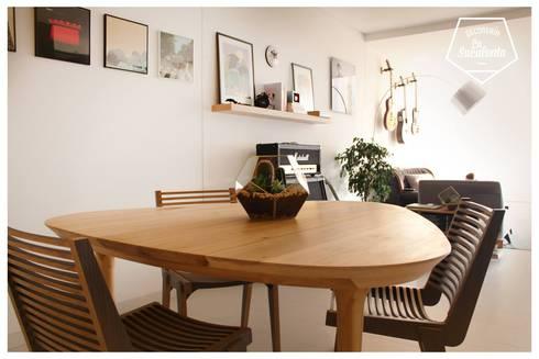 Centro de Mesa: Hogar de estilo  por Decorería La Suculenta