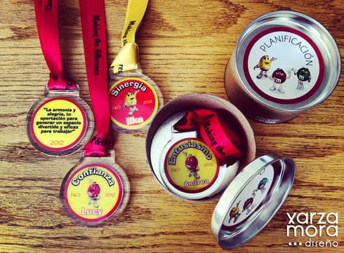 Medallas:  de estilo  por Xarzamora Diseño
