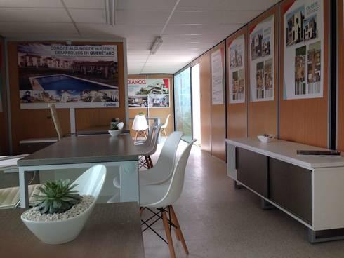 Oficina de ventas en camper: Oficinas y tiendas de estilo  por Xarzamora Diseño
