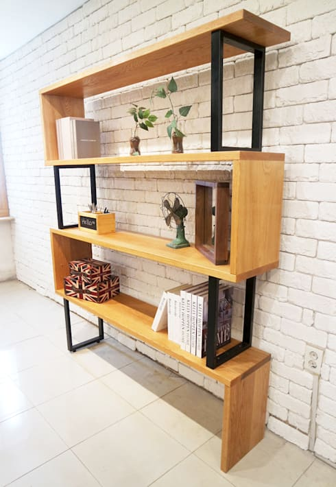 Line bookchest : Design-namu의  거실