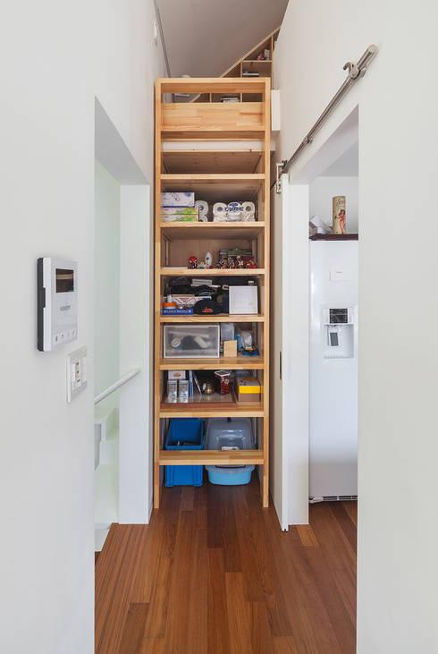 Corridor, hallway by OBBA