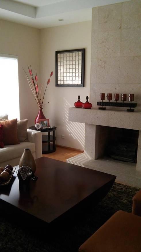 Diseno de Interiores: Salas de estilo moderno por Diseno de interiores y asesoria
