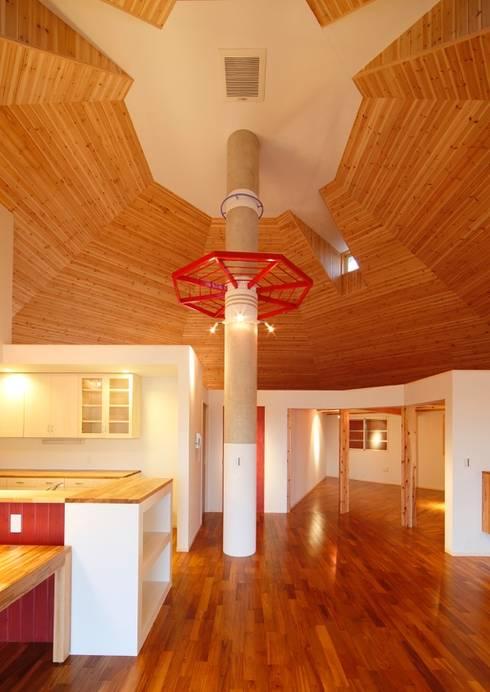 HIG邸: 株式会社エン工房が手掛けたキッチンです。