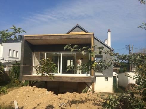 extension ossature bois sur pilotis par bcm homify. Black Bedroom Furniture Sets. Home Design Ideas