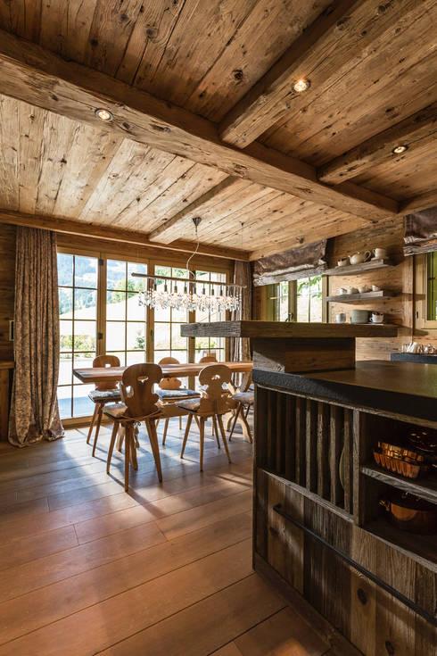 rustic Kitchen by RH-Design