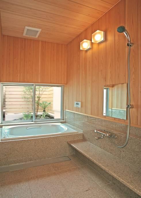 浴室: アンドウ設計事務所が手掛けた浴室です。