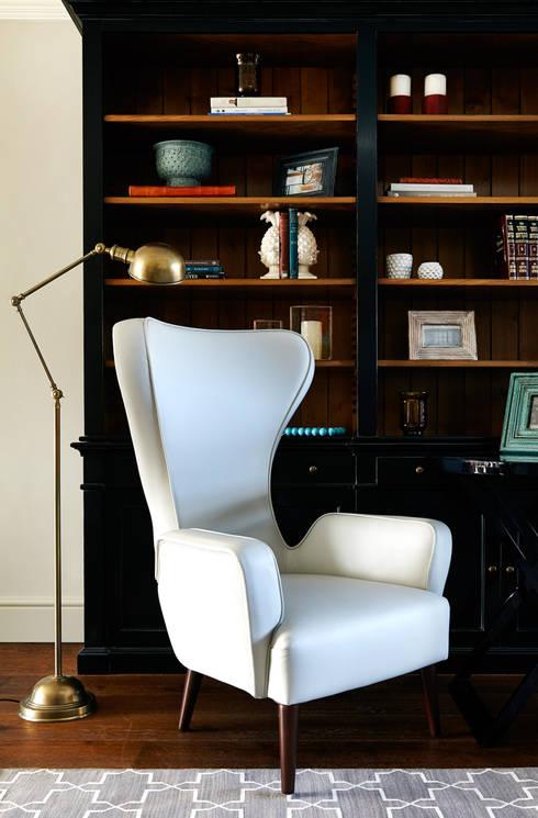 Projekty,  Domowe biuro i gabinet zaprojektowane przez Studio Duggan