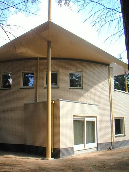 Maisons de style de style Moderne par SL atelier voor architectuur