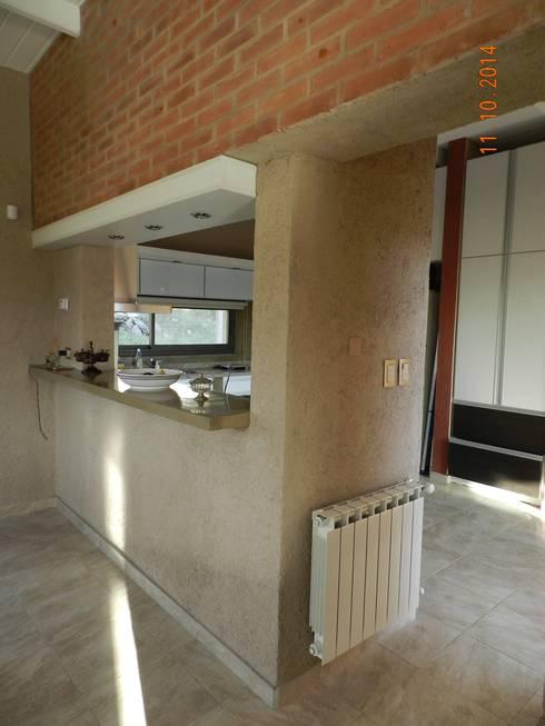 Cocinas de estilo  por ART quitectura + diseño de Interiores. ARQ SCHIAVI VALERIA