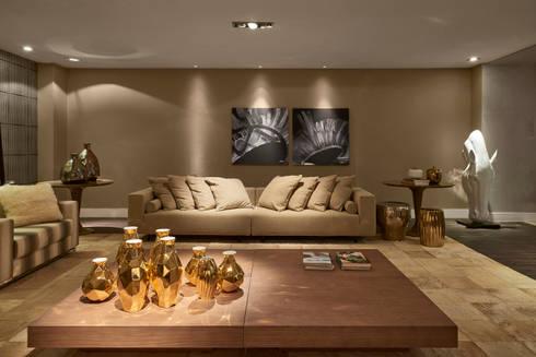 Decora Líder Brasília - Showroom: Salas de estar modernas por Lider Interiores