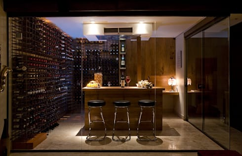 Apartamento AD: Adegas modernas por Isabela Canaan Arquitetos e Associados
