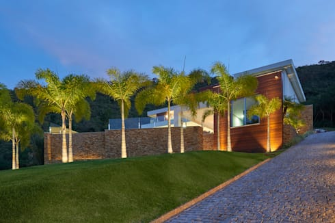 Casa quintas do sol von m rcia carvalhaes arquitetura ltda for Casas quintas modernas