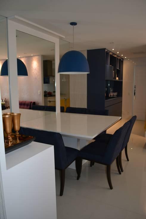 APARTAMENTO 143: Salas de jantar modernas por ViKasa arquitetura e interiores